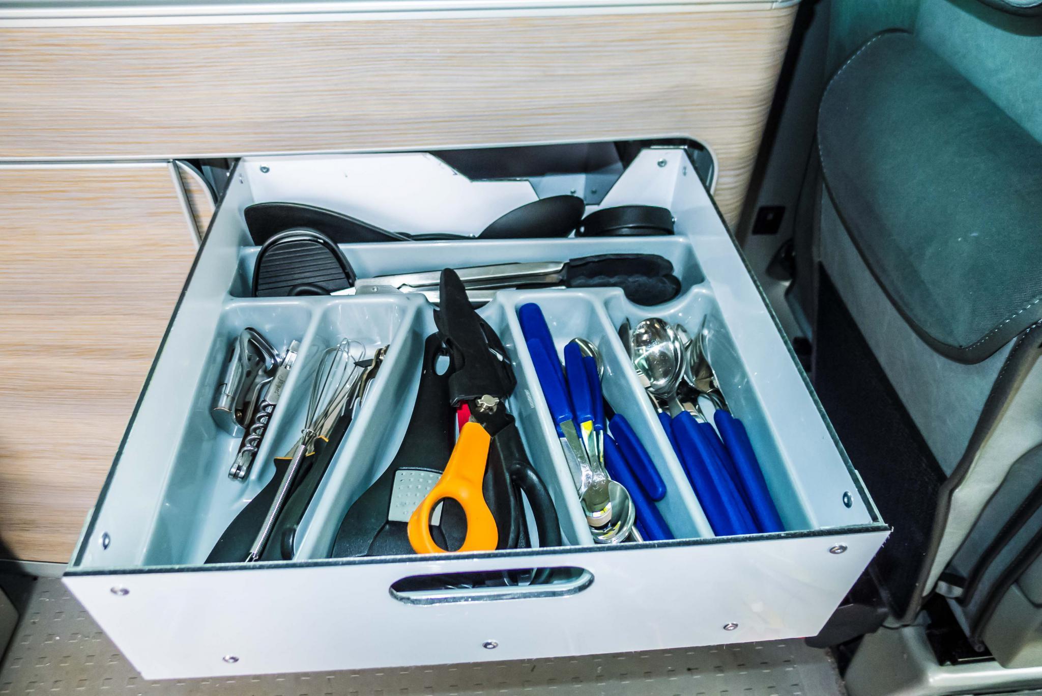 4 Vollauszug-Schubladen im rechten Küchenschrank - Seite 10 ...