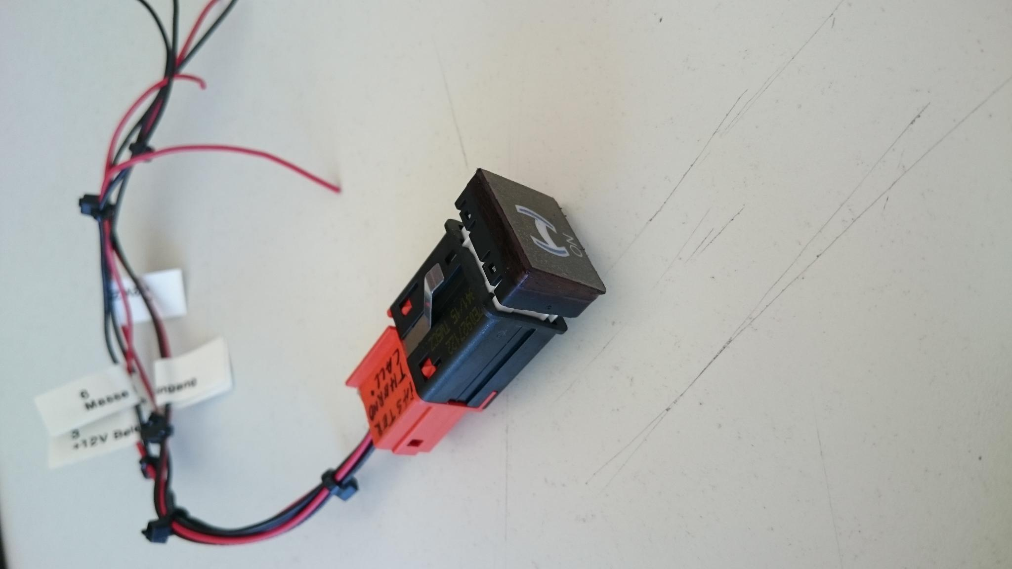 selbstgestalteter Taster/Schalter für Armaturenbrett - T6 ...
