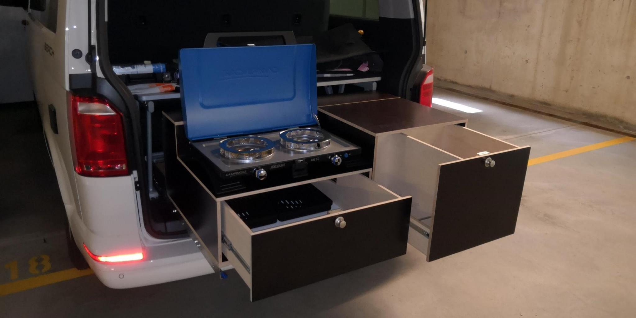 Kofferraum kuche selber bauen for Kuchenblock selber bauen